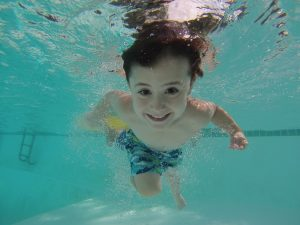 7 Ways To Make Your Swimming Pool Safer For Kids